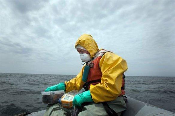 Testing Ocean Waters for Radiation