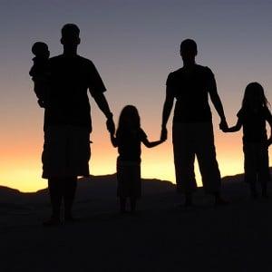 Family-Photo-by-Eric-Ward-300x300