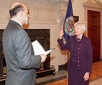 Janet-Yellen-Ben-Bernanke-Swearing-In
