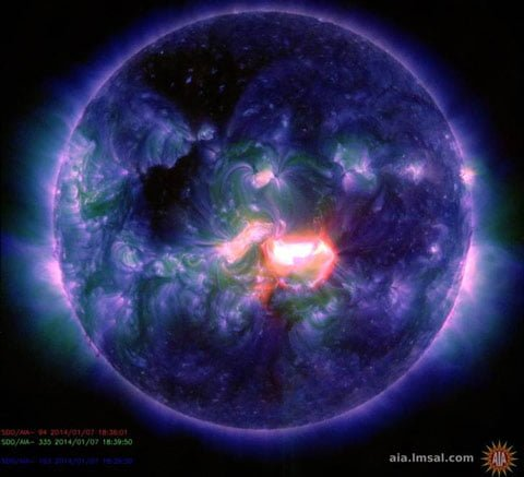 Sun Goes Wild: NOAA Issues Alert: Earth Directed X Class Flare Is On Its Way; Chance Of More sunspotAR1944