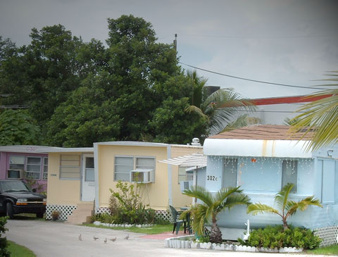 """Investors Squeeze Trailer Park Renters: """"The Economics Are Compelling… There's a Lot More Poor People Than Rich"""""""