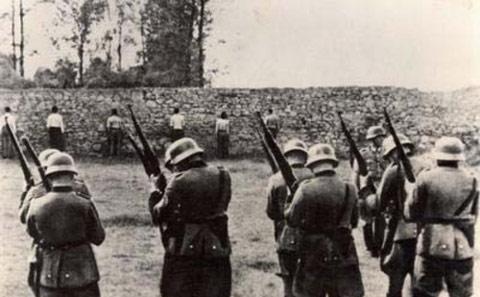 firingsquad-nazis