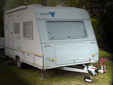 trailer-camping-on-land