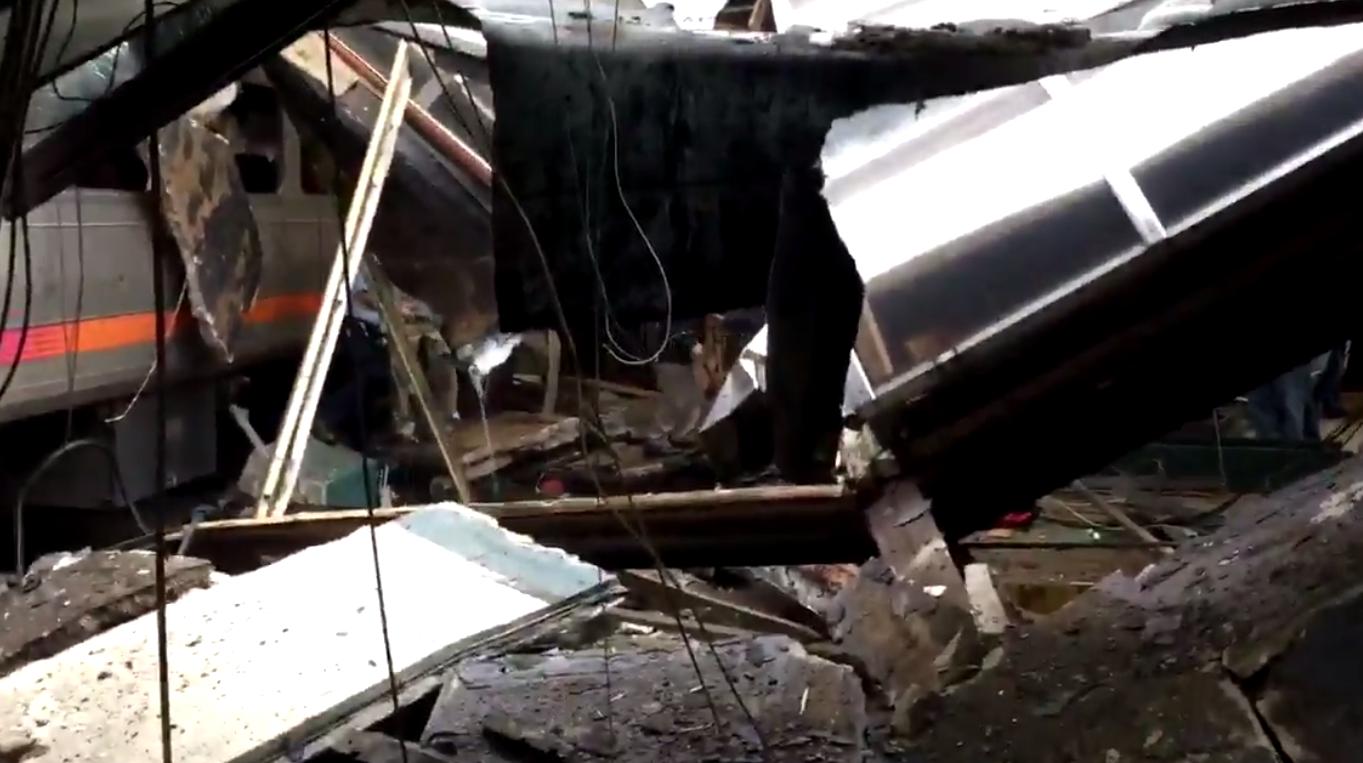 Train Crash in New Jersey, Image Capture, Twitter