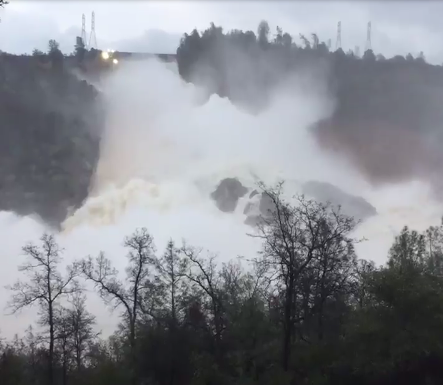 oroville dam flood