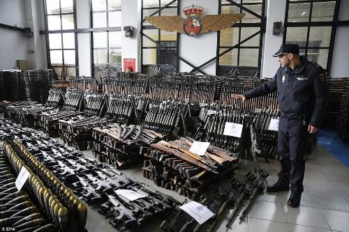 seized-guns-spain