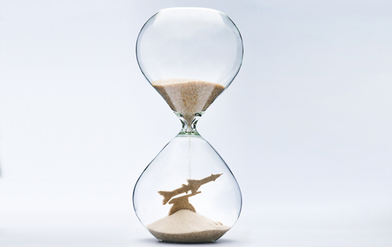 hourglass-war