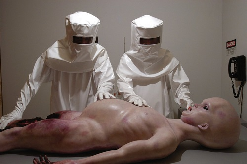 alien-corpse