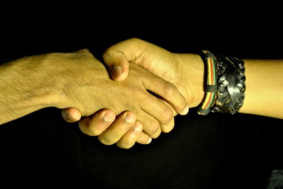 handshake-deal-barter-trade